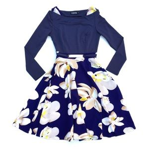 Boutique Brand Floral Navy Long Sleeve Midi Dress